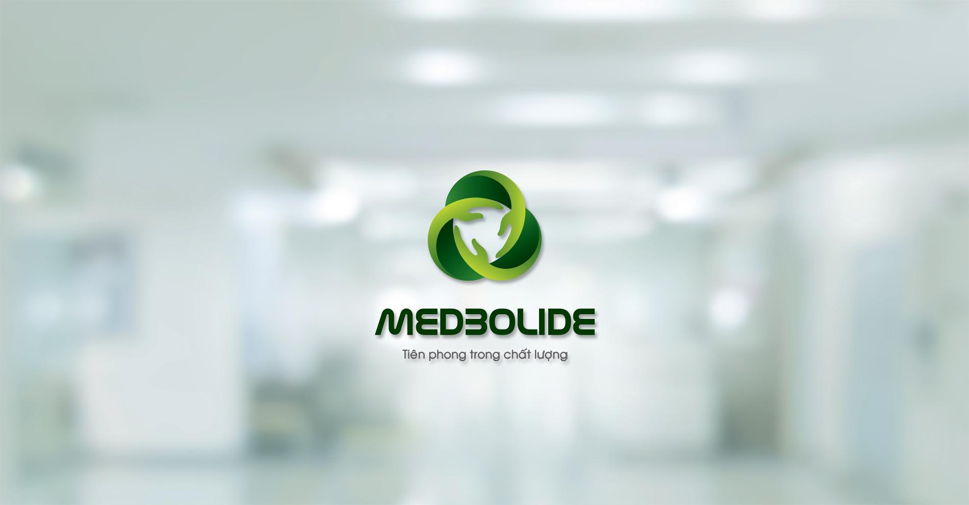 Medbolide